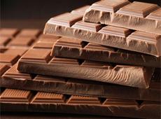 Исследованиями было доказано, что какао-порошок, входящий в состав шоколада, содержит вещества, препятствующие образованию кариеса